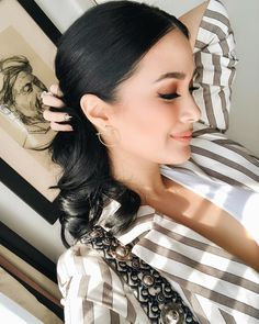 It's no secret that one of my favorite ways to accessorize is with earrings. Loving this interesting pair from . Heart Evangelista, Filipina Actress, Heart Hair, Rich Girl, Girls Makeup, Girl Crushes, All About Fashion, Fashion Beauty, Asian Fashion