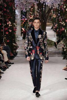 5a21e622c9b2a7 Dolce & Gabbana Alta Sartoria Tokyo Daily Fashion, Fashion News, High  Fashion, Runway