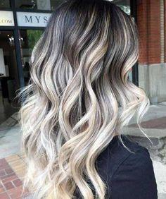 Vem aprender um #tutorial #passoapasso de #comofazer #mechas #platinadas em #cabelos #escuros ou #pretos. Tá muito fácil e fica lindo! #salaovirtual