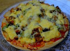 Chicken Capsicum Onion Pizza Recipe