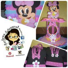 Minnie cotillones, caja de regalos, caramelera.... Minnie Mouse, Disney Characters, Fictional Characters, Art, Crates, Presents, Kunst, Fantasy Characters, Art Education