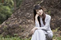 model Minh Trang in Vietnamese Ao Dai  photo by Spirit tuan:  http://www.flickr.com/photos/spiritpro/