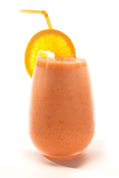 Channel Orange Smoothie 1 peeled Orange fresh yellow/red Bell Pepper frozen Mango c. scoop Protein Powder BLEND ON HIGH MINUTES. Chill in Freezer for 15 minutes. Yummy Smoothies, Yummy Drinks, Healthy Drinks, Healthy Eating, Healthy Recipes, Simple Smoothie Recipes, Simple Smoothies, Orange Smoothie, Juice Smoothie