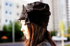 Beanies aren´t just for the winter.. Summer outfit ideas with beanies.