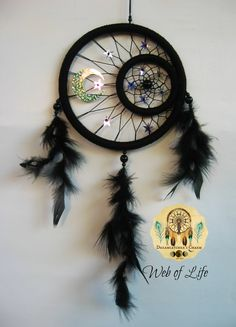 WEB OF LIFE dream catcher Dream Catcher Craft, Small Dream Catcher, Dream Catchers, Los Dreamcatchers, Passport Template, Atelier Creation, Mobile Sculpture, Dream Catcher Native American, Horseshoe Crafts
