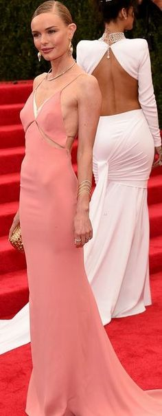 Who made  Kate Bosworth's jewelry, pink gown, shoes, and gold clutch handbag that she wore to the 2014 Met Gala?