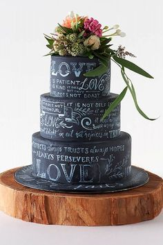 Amazing wedding cakes photos some inspiration for your cake design? A collection of our favourite (and very delicious looking) wedding cakes. Fancy Cakes, Cute Cakes, Pretty Cakes, Unique Cakes, Creative Cakes, Creative Wedding Cakes, Amazing Wedding Cakes, Amazing Cakes, Black Wedding Cakes