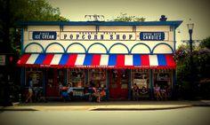 sweet little popcorn shop in Chagrin Falls, Ohio