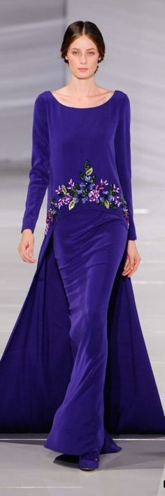 Georges Hobeika ~ Haute Couture Violet Velvet Floral Gown, Fall love it in a different color scheme Más Beautiful Gowns, Beautiful Outfits, Style Haute Couture, Collection Couture, Mein Style, Floral Gown, Engagement Dresses, Estilo Fashion, High Fashion