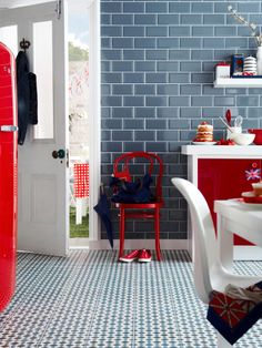 Don't be afraid to mix bold colour and pattern. Beautiful Kitchens loves this eye-catching combination of vivid red accessories and modern Victorian flooring, Henley Cool, by Topps Tiles. Decor, Home Decor Kitchen, Beautiful Kitchens, House, Interior, Home, Kitchen Colors, Grey Home Decor, Blue Tiles