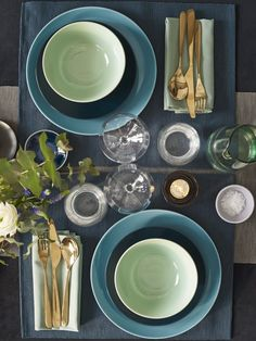 The release of a new catalog by IKEA is surely one of the main events of the year in the interior design industry. Dining Furniture Sets, Home Furniture, Modern Bathroom Decor, Bathroom Interior Design, Decorating Blogs, Interior Decorating, Decoration For Ganpati, Interior Design Courses, Decor Inspiration