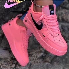 Comment which Nike shoes you would buy 😍❤️ - Go look at my story for polls/games 👻 Dm me for cheap promo if interested 📈 - - - - Also go… Jordan Shoes Girls, Girls Shoes, Ladies Shoes, Souliers Nike, Nike Shoes Air Force, Aesthetic Shoes, Cute Sneakers, Girls Sneakers, Sneakers Mode