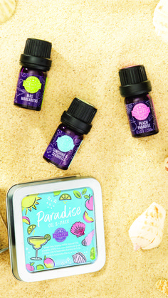 Welcome to paradise! Check out our new Paradise Oil 3-Pack as part of the 2018 Summer Collection. Three fragrances perfect for diffusing in your Scentsy Diffuser this summer. Use separately or combine to create your own custom blend. Three fragrances - Mas Margarita, Peach Paradise and Sunshine & Seashells. We'll see you on the beach!