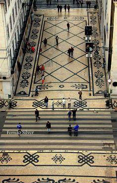 Typical #portuguese cobblestone pavement #Lisbon downtown #Portugal