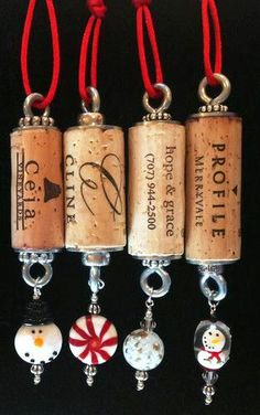 #Christmas #gifts #wrapping ideas ToniK ⓦⓡⓐⓟ ⓘⓣ ⓤⓟ #DIY #crafts #Wine cork ornaments Snowman collection ebay.com