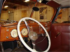 1939 Ford Deluxe Cabriolet