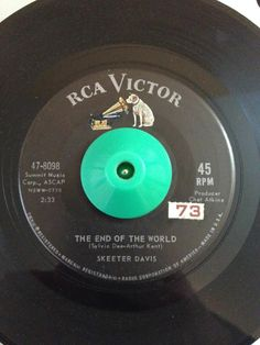 Country 45 Skeeter Davis The End Of The World on RCA HEAR