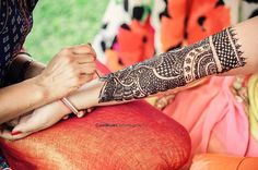 Classic Dulhan Mehndi Designs For Hands - Mehndi Designs