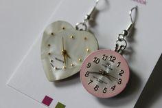 Boucles d'oreilles de la Collection À Chacun son Vintage Vintage Earrings, Washer Necklace, Creations, Clock, Etsy, Collection, Jewelry, Sling Bags, Ears
