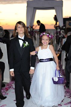 Flower girl, Ring Bearer, Purple, Wedding, Tampa, Orlando, Clearwater. Best Photographer Ever!  Rhodes Studios: http://www.rhodesstudios.com Comment if you have any questions of what other vendors I used, where I bought things or how I made things! Hyatt Regency Clearwater Beach Resort and Spa: http://www.clearwaterbeach.hyatt.com, Flowers: http://beautifultampaweddings.com