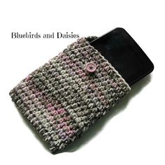 7 inch Crochet Tablet Sleeve by Bluebirdsanddaisies on Etsy