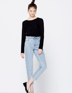 Pull&Bear - woman - trends - pretty in punk - mom fit jeans - medium blue - 05689309-I2016