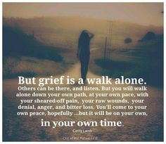 Overcoming and dealing with grief quotes with images for a loss. Short and inspirational Grief Quotes from the Bible for healing and for grieving support. Positive Quotes For Life Happiness, Life Quotes Love, Me Quotes, Quotes On Grief, Missing Quotes, Simple Quotes, Quotes Images, Rip Daddy, Bien Dit