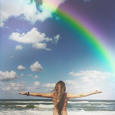 Best photo editor and photo editing guide for creative Yoga and Lifestyle photos. Add Rainbow Love App's earth, moon, sky and dream filters to your yoga photo