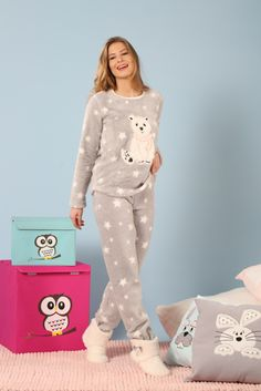 How hipster are you presently? Now it's the time to talk about the most popular hipster setup smart ideas for mothers. Cute Pajama Sets, Pajama Day, Cute Sleepwear, Sleepwear Women, Primark Pyjamas, Pijamas Women, Valentines Lingerie, Pajama Outfits, Night Dress For Women