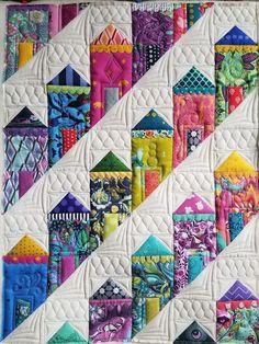 Wow check out this magnificent heirloom quilts - what an ingenious concept House Quilt Patterns, House Quilt Block, Quilt Blocks, Art Patterns, Dress Patterns, Patchwork Quilting, Scrappy Quilts, Mini Quilts, Patchwork Patterns