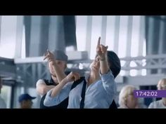 Samsung creative ad Waiting sucks outdoor viral video - YouTube