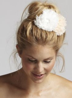 So fun! I love this idea for bridesmaids.   Pixie Bridesmaid Flower | Amanda Judge