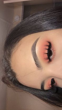 51 Best Eye Makeup Looks For Day And Evening, eyeshadow looks, eye makeup looks,… - Make Up Ideas Simple Eyeshadow Looks, Makeup Eye Looks, Cute Makeup, Pretty Makeup, Diy Makeup, Makeup Ideas, Peachy Makeup Look, Peach Eye Makeup, Stunning Makeup
