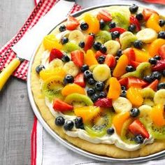 Dessert Pizza Summer Dessert Pizza - The crust is from scratch and you can use whatever fruits are in season.Summer Dessert Pizza - The crust is from scratch and you can use whatever fruits are in season. Homemade Fruit Pizza Recipe, Pizza Recipes, Cooking Recipes, Healthy Recipes, Healthy Pizza, Grilling Recipes, Fruit Pizza Recipe With Glaze, Vegetarian Grilling, Homemade Sweets