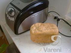 Recept na jednoduchý a vynikající domácí chléb.