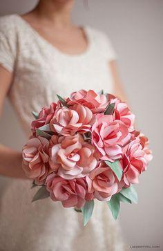 Un bouquet de rose en papier DIY