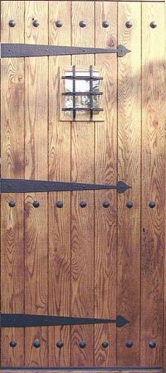 Great hinges - What makes this work is the little ball detail pieces. I'd like a nice selection of pieces like these.