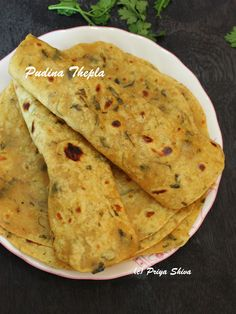 Pudina thepla - mint flavoured flat bread recipe