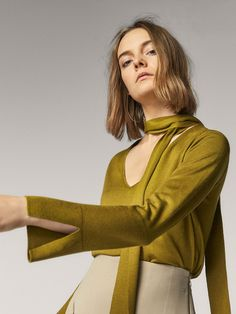 SILK SWEATER WITH BOW DETAIL - Women - Massimo Dutti