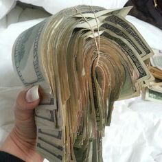 Every time I visualize about money I am drawing more and more wealth into my life.