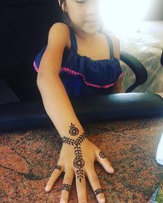 """#baypoint #pittsburgh #concord #brentwood #walnutcreek #henna #hennaart #hennapro #hennafun #hennatattoo #hennaparty #hennadesign #blackhenna #tattoos #weddings #kids #kidshenna #girl #party #birthday #wedding #events"" by @henna5333. #이벤트 #show #parties #entertainment #catering #travelling #traveler #tourism #travelingram #igtravel #europe #traveller #travelblog #tourist #travelblogger #traveltheworld #roadtrip #instatraveling #instapassport #instago #여행 #outdoors #ocean #mytravelgram…"