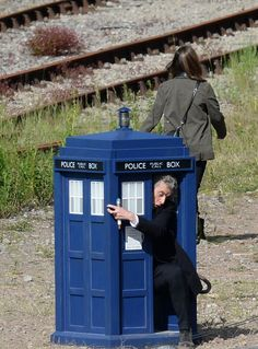 More doctor who set photos........ Doctor what have you gotten yourself into now?-- Honey I shrunk the TARDIS.