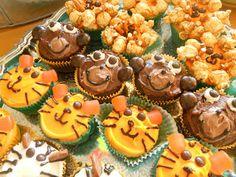 Jungle safari cupcakes