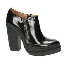 d0ac528633f9 Classic - Aversa Shoes S.r.l.. One And OnlyJeffrey Campbell