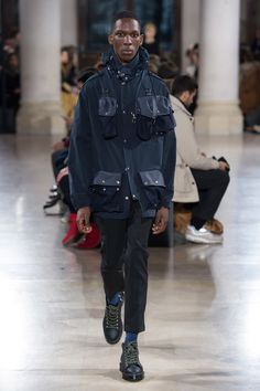 Julien David Fall 2017 Ready-to-Wear Collection Photos - Vogue