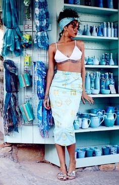Rihanna - Rihanna's Travel Pics