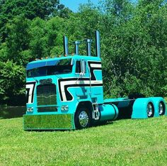 I love my Kenworth but I as well as a lot of these additional trucks too. Show Trucks, Big Rig Trucks, Old Trucks, Pickup Trucks, Chevy Trucks, Custom Big Rigs, Custom Trucks, Freightliner Trucks, Peterbilt 379