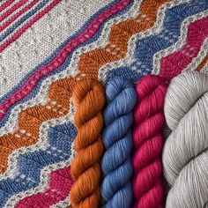 From the always lovely @missbabsyarns, Yowza mini skeins! Take a closer look at the play of textures…