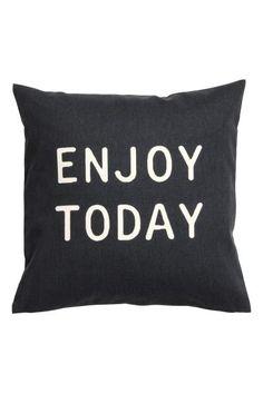 Poszewka na poduszkę: Poszewka na poduszkę z bawełnianego diagonalu z nadrukiem napisu z przodu. Kryty suwak.