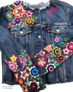 Custom Embroidered Jackets Celebrate the Beauty of Nature jacket Latin American Embroidery Artist Covers Denim Jackets in Colombia's Colorful Flora Embroidered Denim Jacket, Embroidered Clothes, Long Skirt Outfits, Cute Outfits, Modest Outfits, Summer Outfits, Vestido Charro, Embroidery Fashion, Hand Embroidery